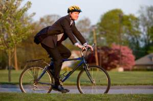 bicycle_commuter_autumn_620px