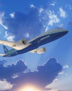 A Boeing tem colaborado com empresas de engenharia e companhias aéreas para explorar o uso de biocombustível na aviação